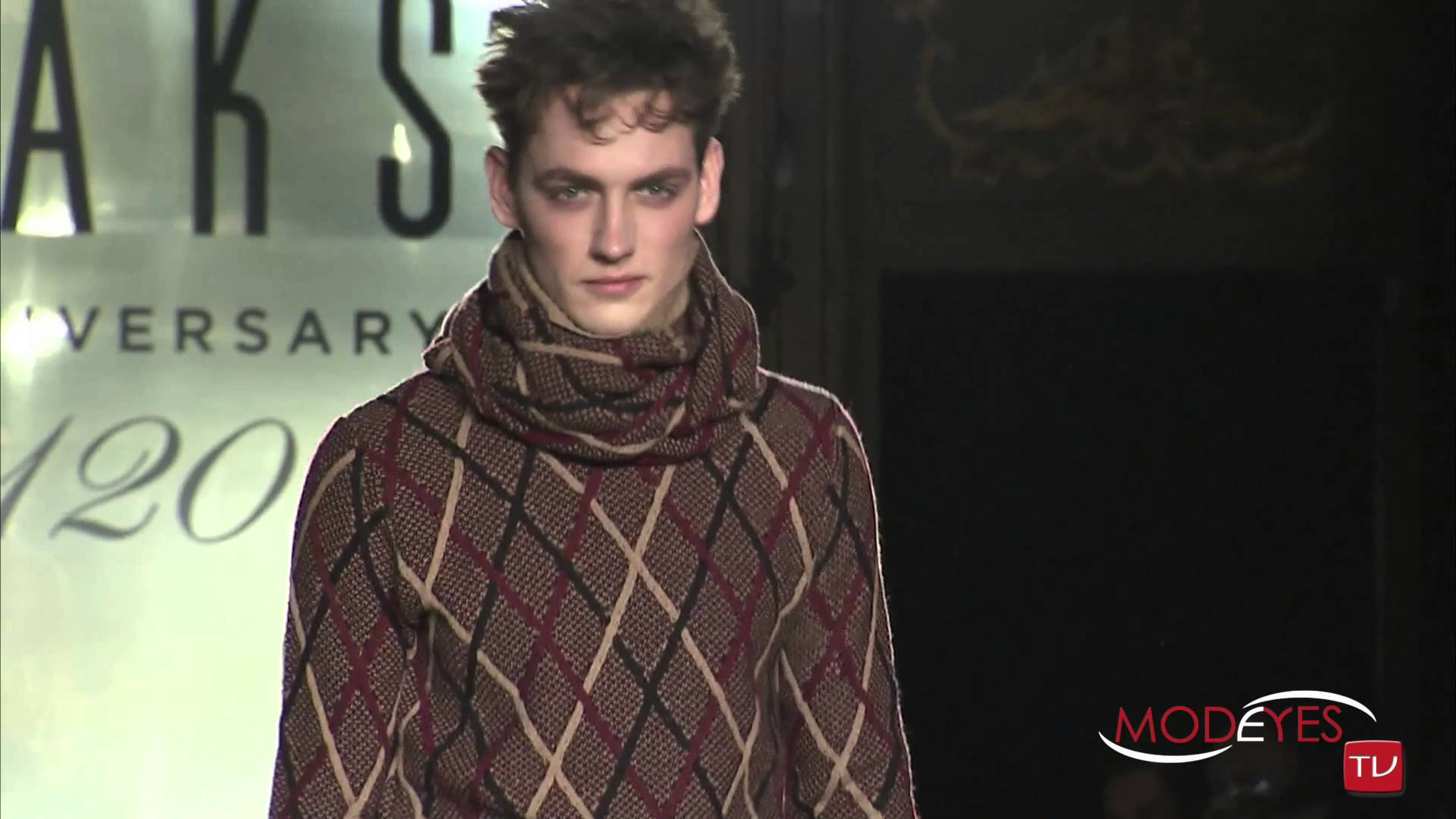 DAKS MAN FASHION SHOW FALL WINTER 2014 /2015 (backstage interview & runway)