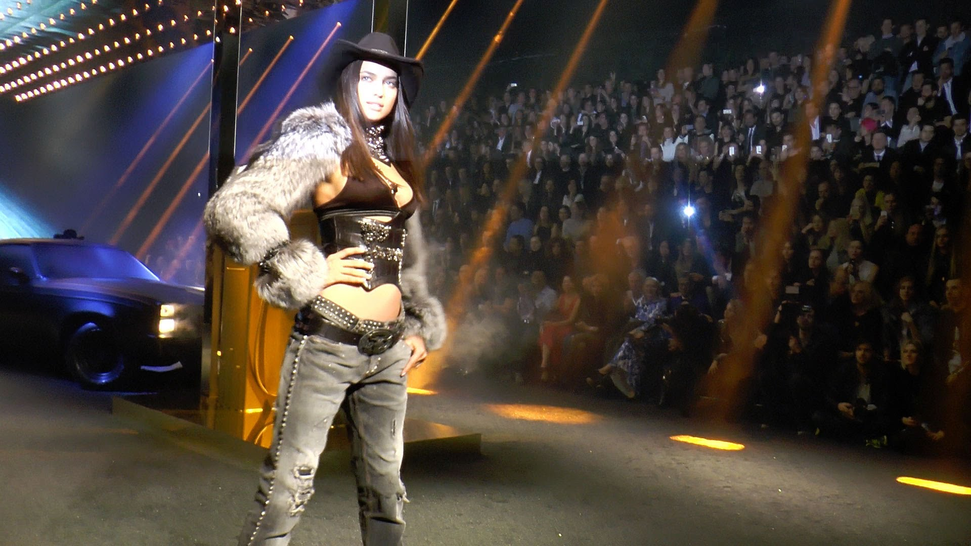 PHILIPP PLEIN NAOMI CAMPBELL and IRINA SHAYK COMPLETE FASHION SHOW F/W 2014 2015    HD