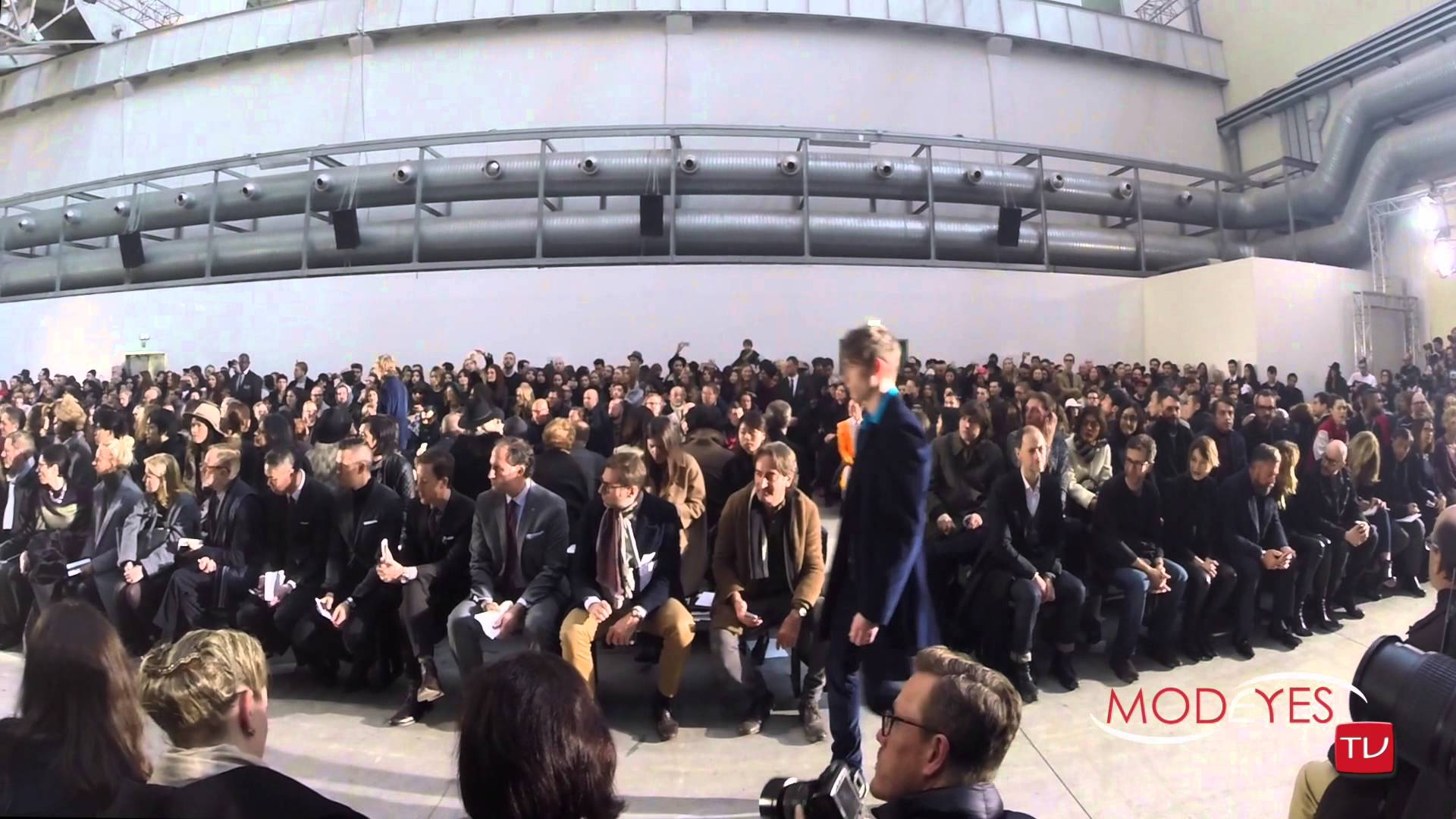 COSTUME NATIONAL MEN F/W 2015-16 (backstage+Interview+runway)
