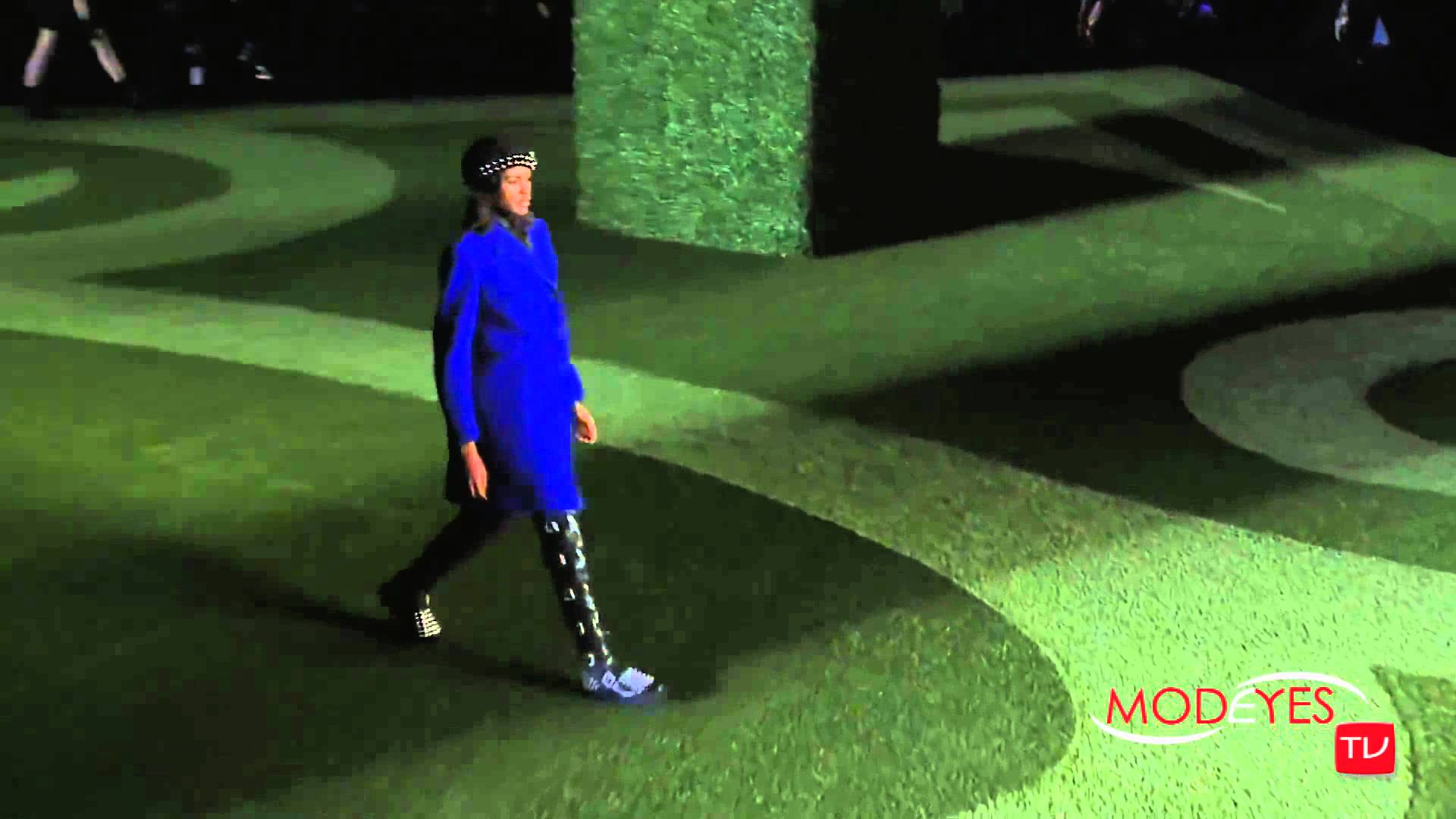 MARC by MARC JACOBS  FALL WINTER 2015 16    NEW YORK FASHION SHOW HD