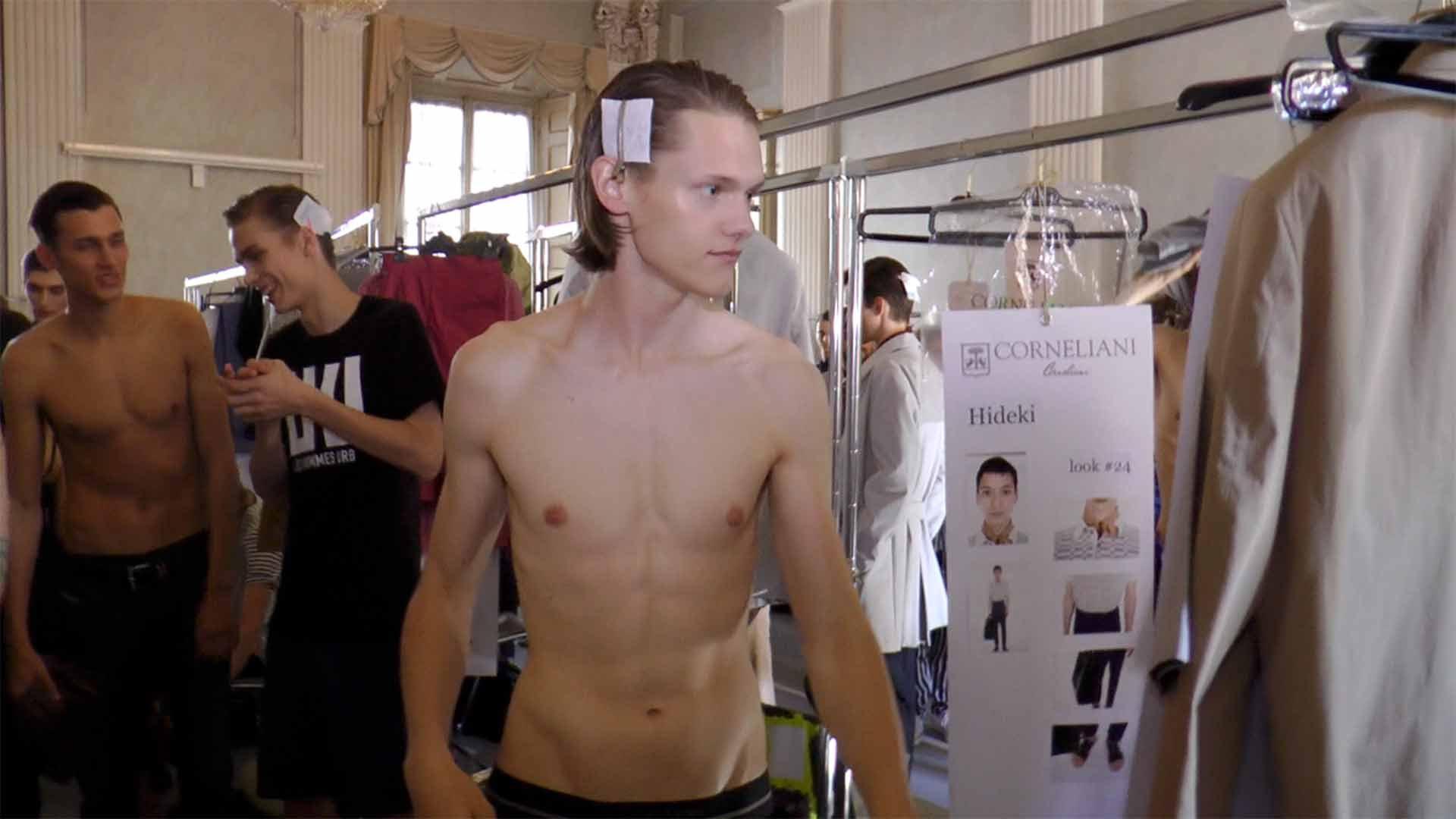 CORNELIANI SUMMER 2016 MAN FASHION SHOW (Backstage + Runway + Interview )